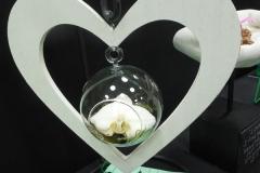 Cut-Flower-Single-Love-Eunice-Walker