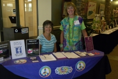 Volunteers-Membership-booth-Rae-Jean-Walker-Lori-Van-Buskirk